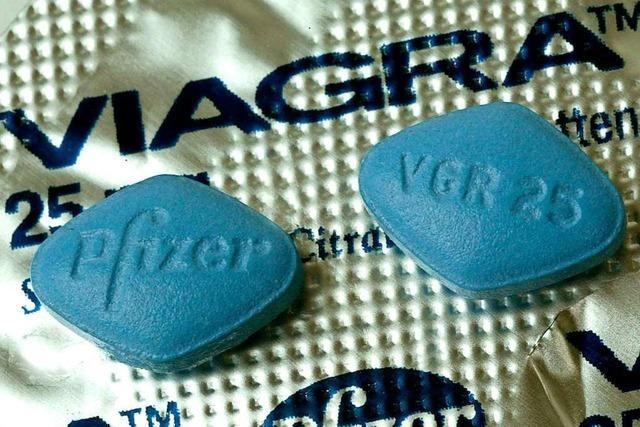 Urteil: 26-Jähriger verschenkte Viagra-Pillen und beleidigte Polizisten
