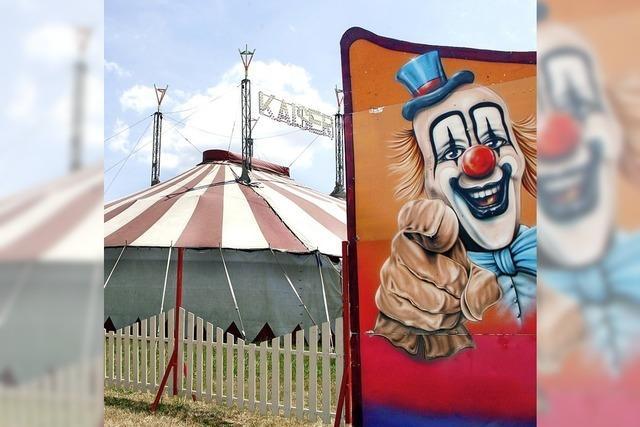 Circus Kaiser gastiert in Reichenbach mit Akrobatik, Clowns und Tieren