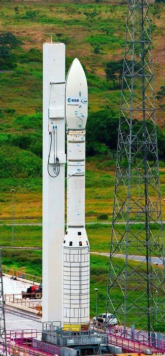 Die Vega-Rakete dient Transporten in d...Hier ein Archivbild aus dem Jahr 2012.  | Foto: STEPHANE CORVAJA