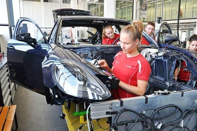 Wie der E-Auto-Boom die Ausbildung bei Porsche verändert