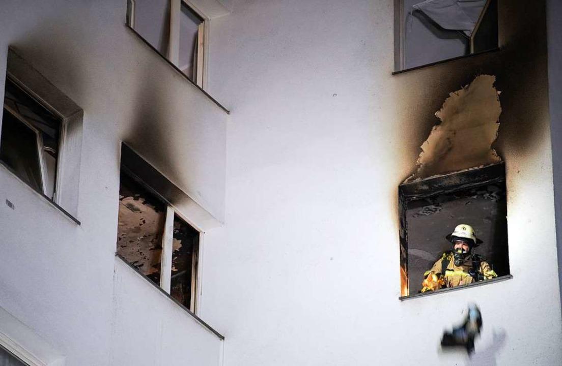 Eine vergessene Pfanne mit Öl auf dem ...n zu einem Wohnungsbrand (Symbolbild).  | Foto: Soeren Stache (dpa)