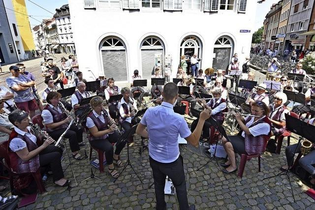 Freiburger Musikvereine bespielen die Innenstadt