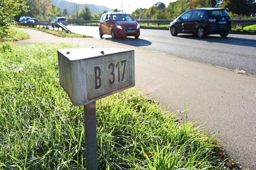 Die B317 steht im Mittelpunkt vieler Ü...tigen Verkehrsgestaltung im Wiesental.  | Foto: Robert Bergmann