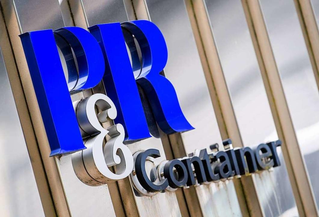 Die Container der Firma P&R gab es zum Großteil gar nicht.  | Foto: Matthias Balk (dpa)