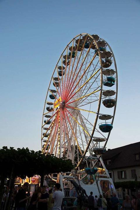 Das Nepomukfest ist ohne Riesenrad undenkbar.  | Foto: Volker Münch