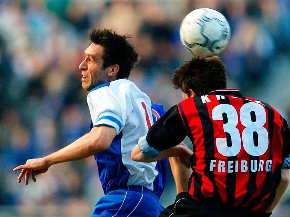 Dezember 1987: Früh wird Michael Preet...e Unentschieden zwischen diesen Teams.  | Foto: Florian Eisele