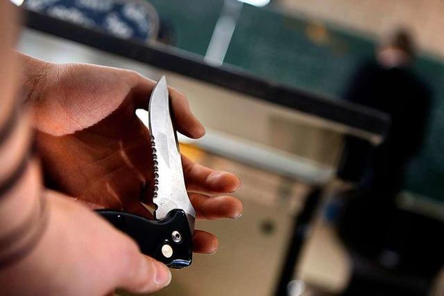 Messerattacke auf Geburtstagsparty: Mann wegen versuchten Totschlags verurteilt