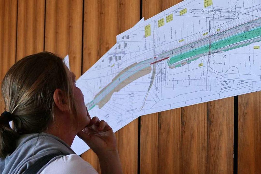 Infoveranstaltung zur  Ortsumfahrung Wyhlen    Foto: Verena Pichler