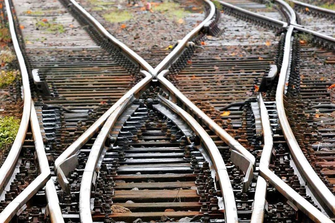 Im Zuge des Ausbaus der Rheintalbahn finden die Arbeiten statt.  | Foto: Jens Wolf