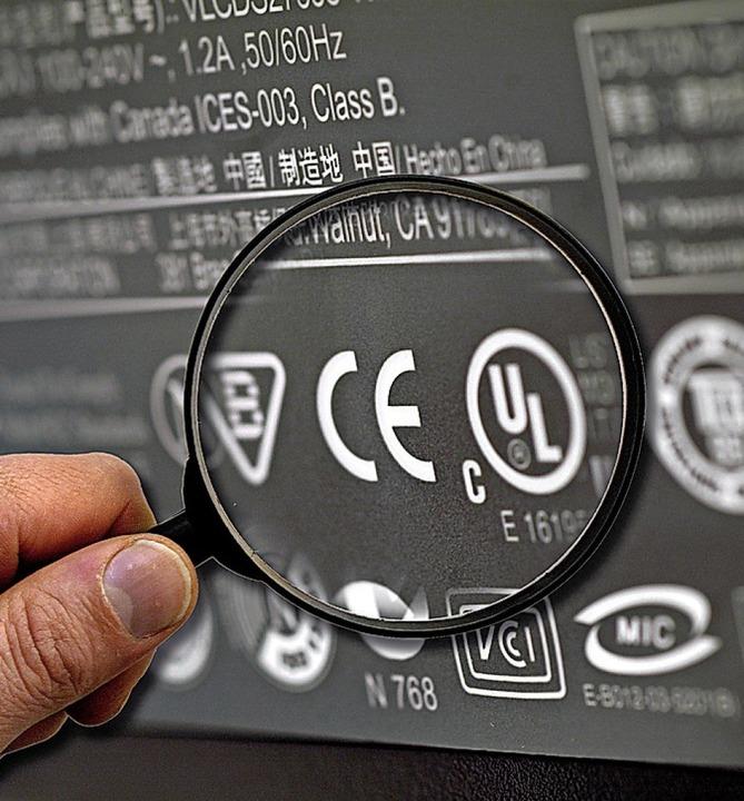 Das CE-Zeichen darf ein Hersteller nur...rodukt der RoHS-Richtlinie entspricht.  | Foto: Jens_Schierenbeck