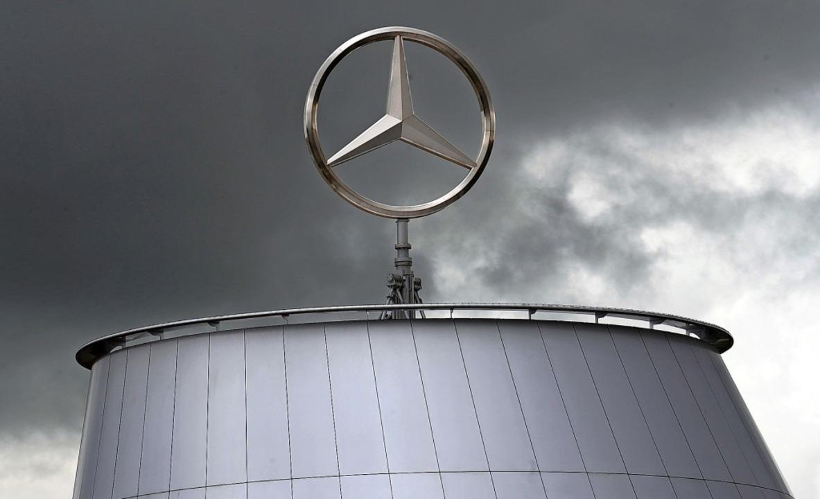 Trübe Aussichten für Daimler  | Foto: Norbert Försterling (dpa)