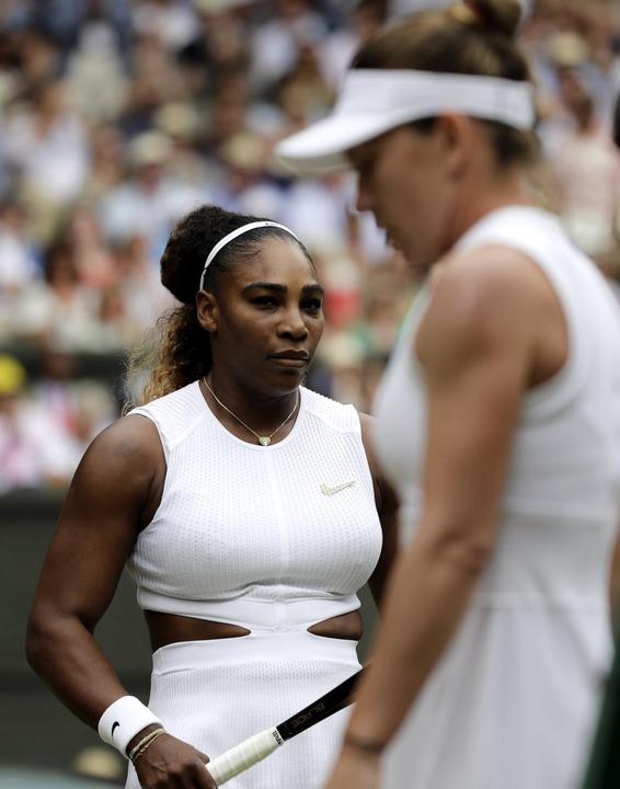 Nach nur 55 Minuten musste sich Serena Williams geschlagen geben.  | Foto: Ben Curtis (dpa)