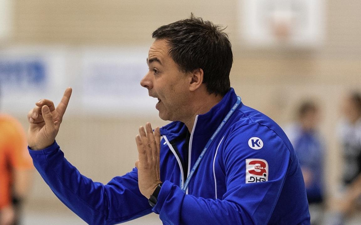 Stets engagiert und fordernd, aber auc...greiche HSG-Trainer Ralf Wiggenhauser   | Foto: Patrick Seeger