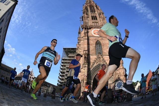 Fotos: Rund 2000 Teilnehmer bei der 16. Freiburger Laufnacht