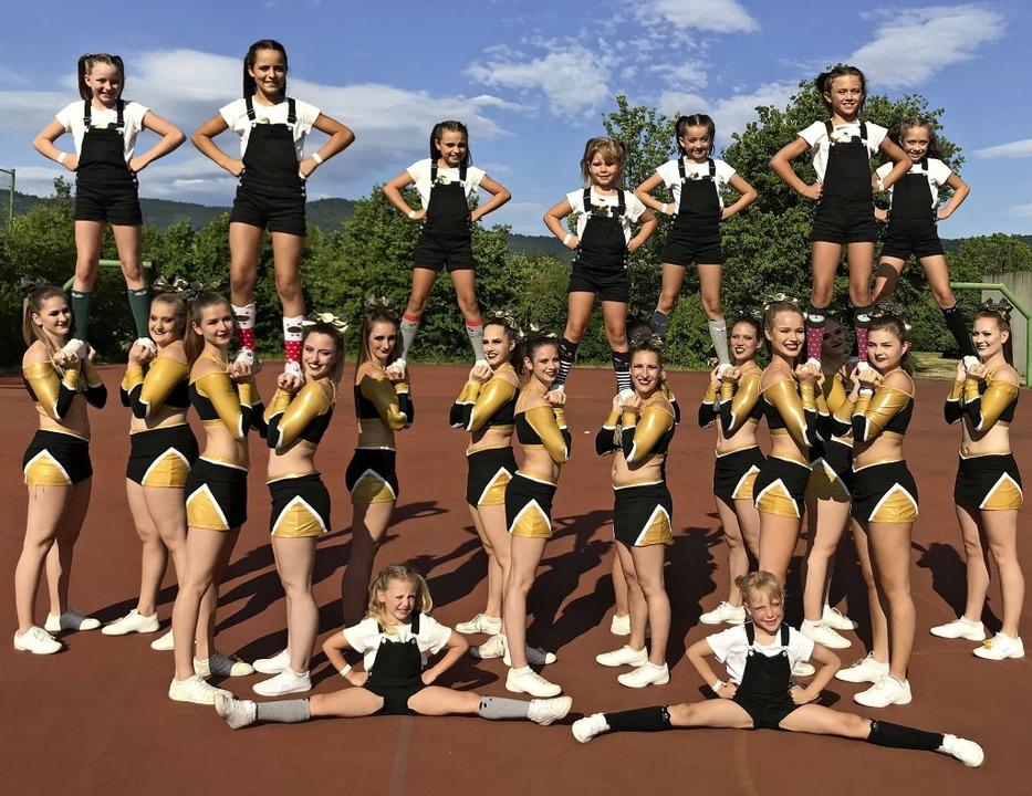Die Cheerleader-Gruppe Nuggets der FT 1844 Freiburg   | Foto: privat