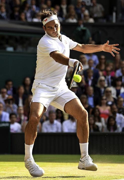 Roger Federer gibt fünf Stunden lang alles.    Foto: BEN STANSALL (AFP)