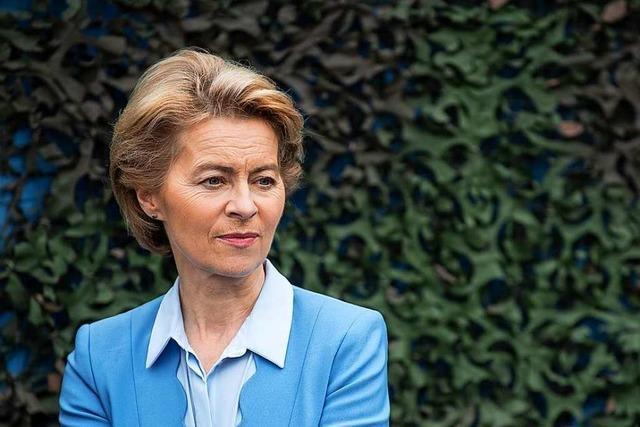 Verteidigungsministerin von der Leyen kündigt Rücktritt an