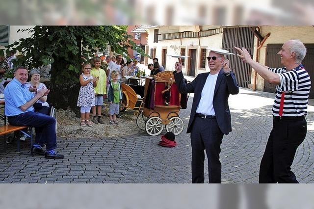 Sommerfest im Domhof mit zirzensischer Note