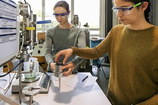 Hochschule Offenburg lädt zum Experimentieren ein