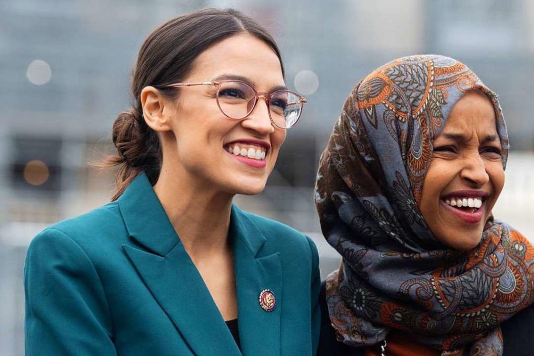 Alexandria Ocasio-Cortez und Ilhan Omar (rechts)   | Foto: SAUL LOEB (AFP)