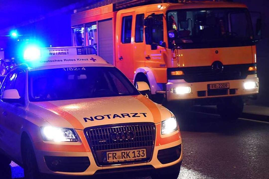 Polizei und Rettungsdienst waren in de...ld im Großeinsatz (Symbolfoto/Archiv).  | Foto: Rita Eggstein