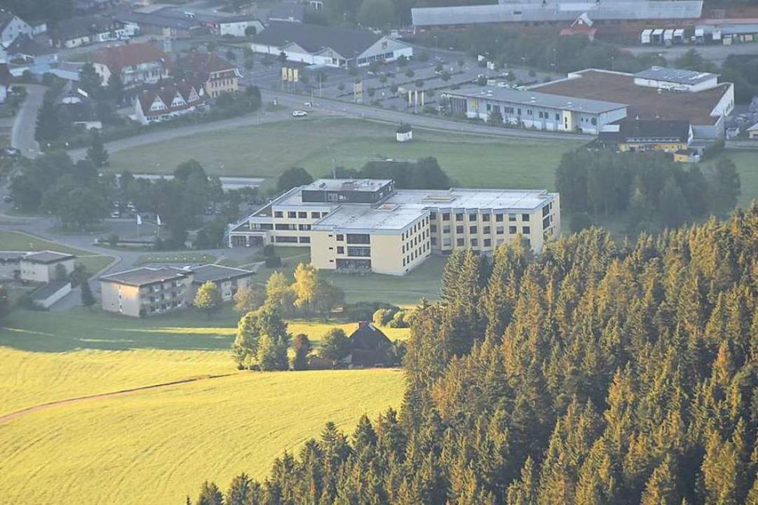 Zentrale Anlaufstelle im Hochschwarzwald: die Helios-Klinik in Titisee-Neustadt.  | Foto: Sebastian Wolfrum