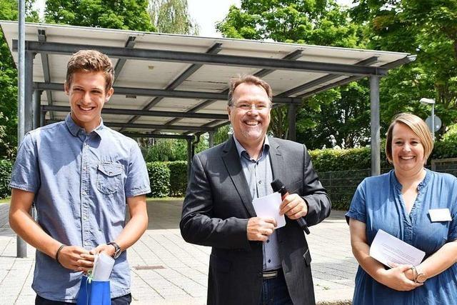 Zwei 16-Jährige erhalten Jugendehrenamtspreis in Offenburg