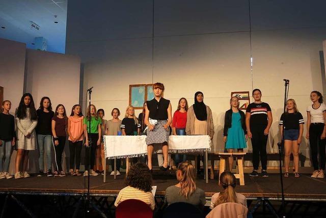 Goethe-Gymnasiasten spielen lebendig und glaubwürdig – Chapeau!