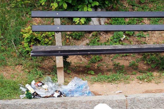 Badenweiler will gegen Müll in der Stadt und im Wald vorgehen