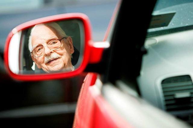 Unfallforscher plädiert für Fahrtests für Senioren