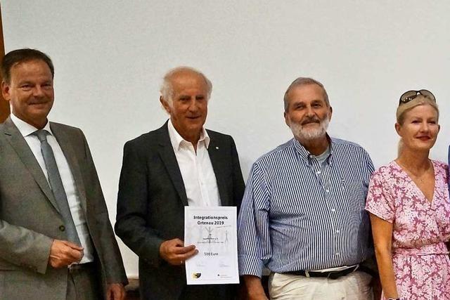 Freundeskreis Flüchtlinge Lahr erhält Ortenauer Integrationspreis