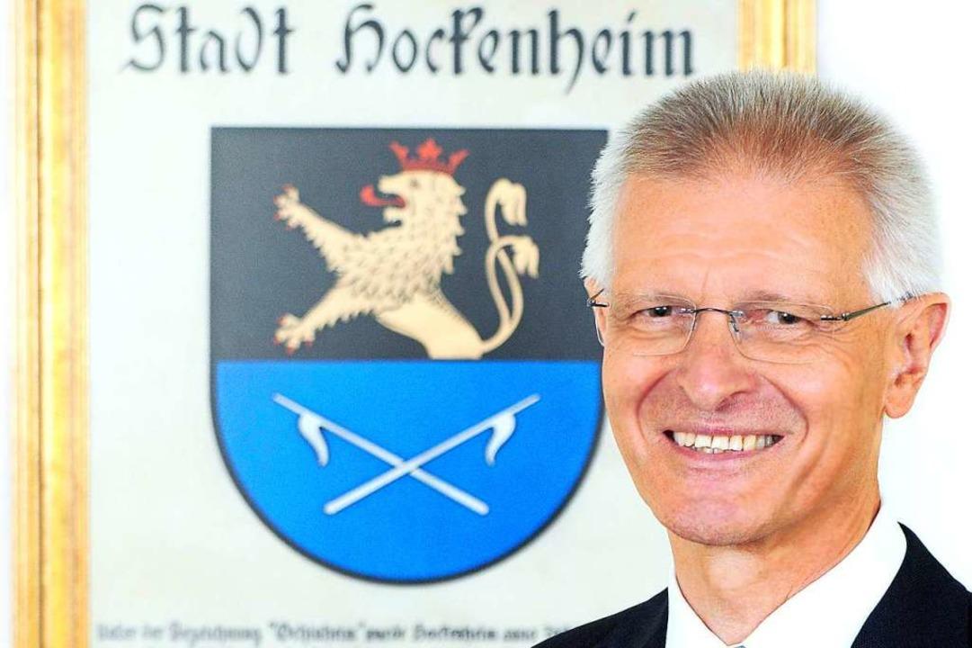 Oberbürgermeister Dieter Gummer ist vor seinem Haus attackiert worden.  | Foto: Dany Schleicher (dpa)