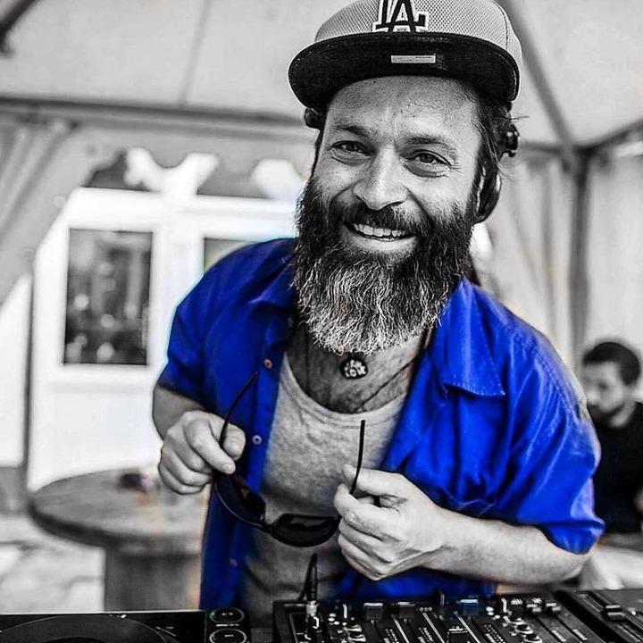 Flowin Vibes zieht am Samstag mit sein... einen HipHop-Floor gibt's auch.  | Foto: Promo