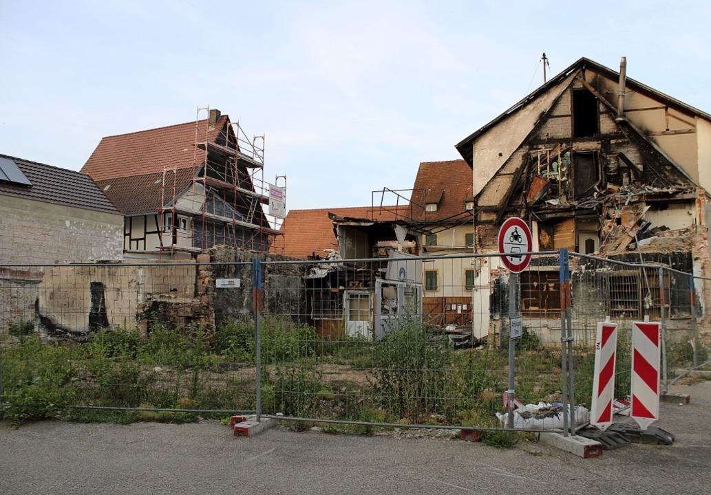 Am Ort des Großbrandes in Teningen sol.... Das Vorhaben ist nicht unumstritten.    Foto: Annika Sindlinger
