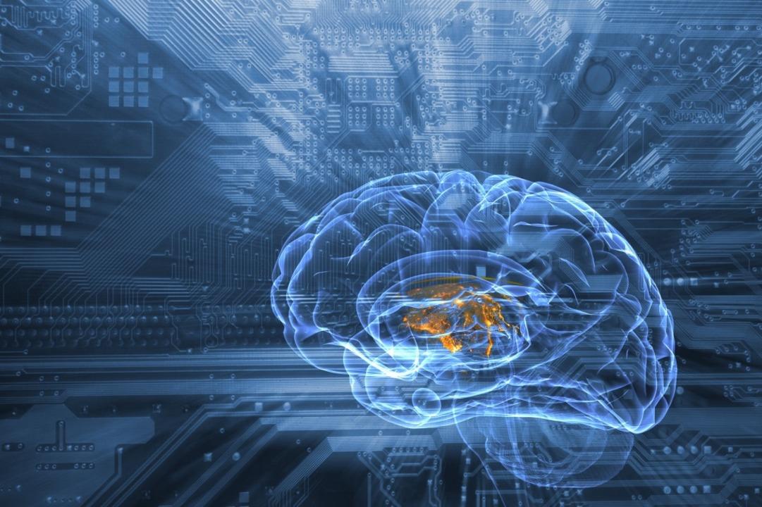 Mit Bildern von Computertomographen ge...sen als jahrelang geschulte Mediziner.  | Foto: christian42 - stock.adobe.com