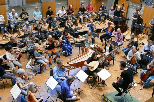 Wie Currentzis mit dem Freiburger Barockorchester