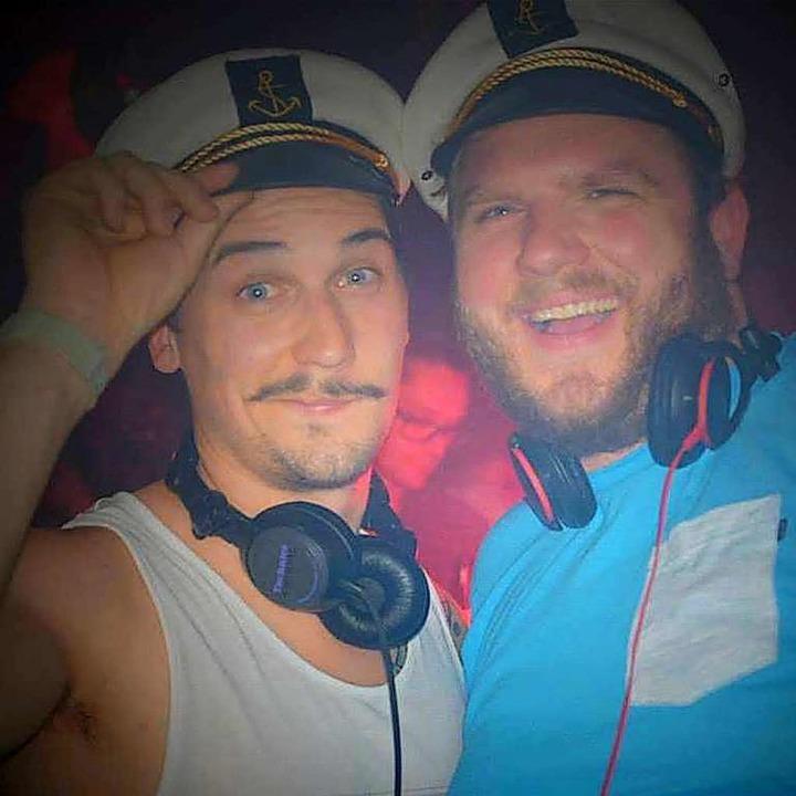 Captain Cook und Käptn Hässler  | Foto: Promo