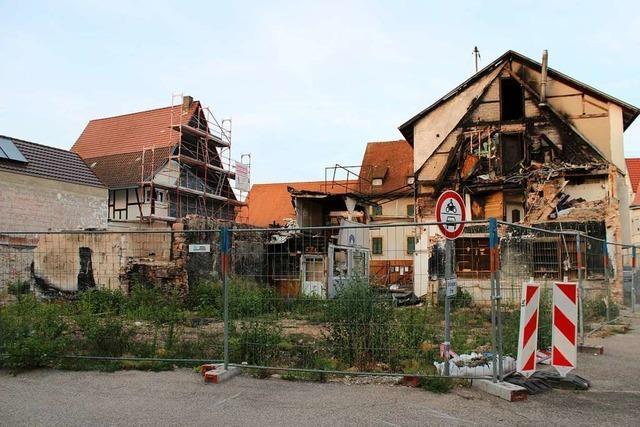 Brandlücke in Teninger Kirchstraße wird neu bebaut