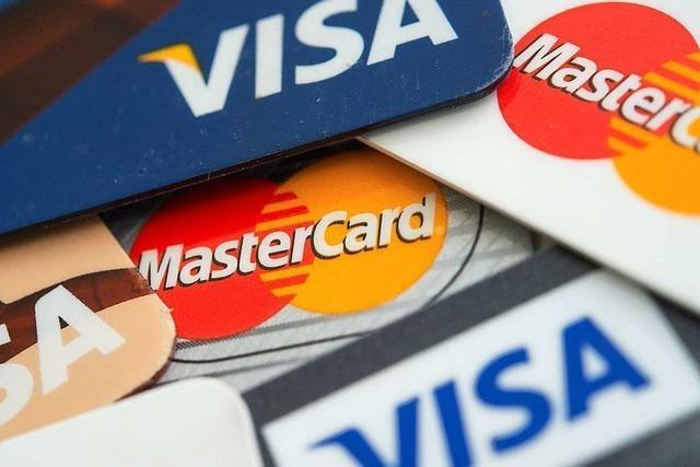 Falscher Nachtportier fragt Hotelgäste nach Kreditkartendaten