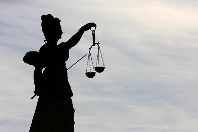 58-Jähriger wegen Exhibitionismus verurteilt