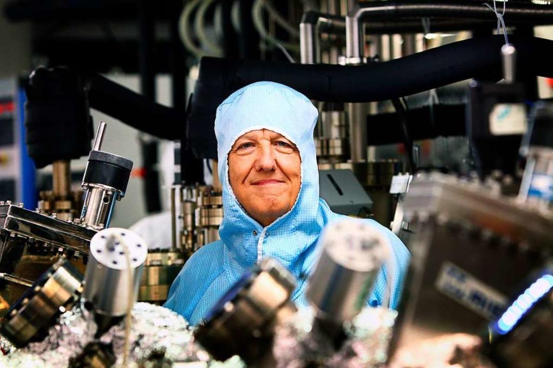 Ein Physiker der Universität Würzburg ...r Spitzenforschung unterstützt werden.  | Foto: Karl-Josef Hildenbrand