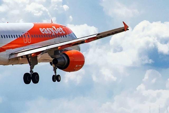 Umweltministerin heizt Debatte an: Soll Fliegen teurer werden?