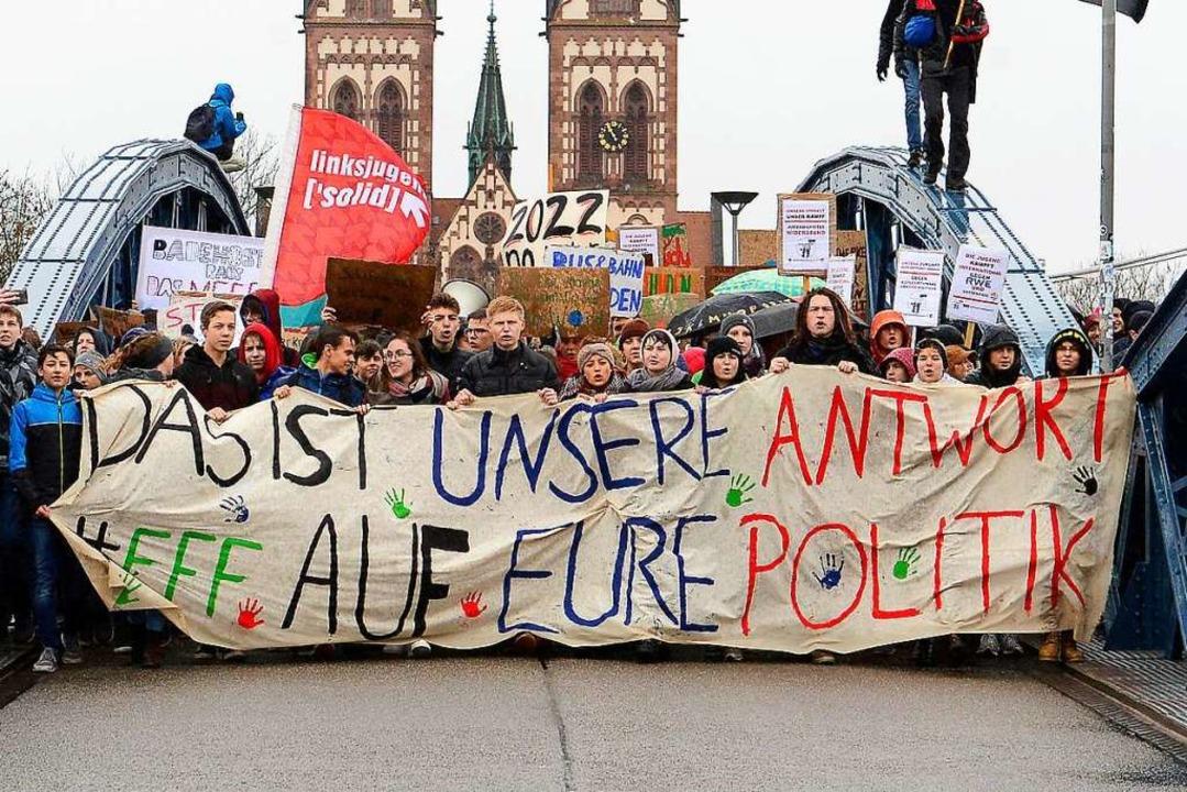 Bei der letzten Demonstration von Frid... knapp 10.000 Menschen auf die Straße.  | Foto: Ingo Schneider