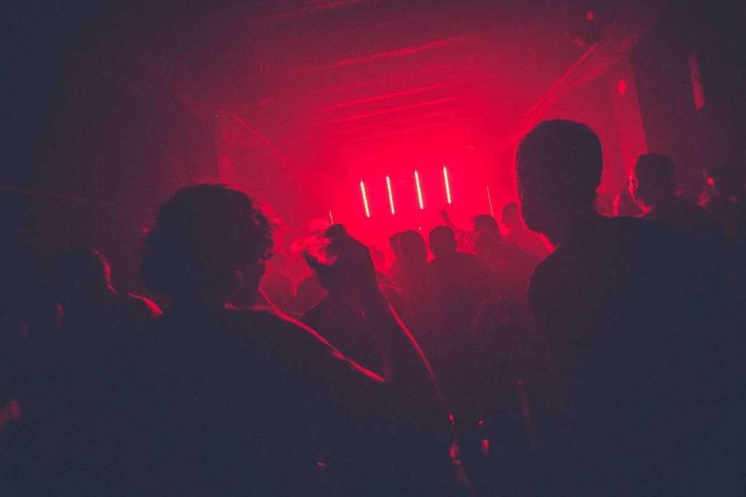 Feiern, als ob es kein Morgen gäbe.  | Foto: Pim Myten (Unsplash.com)