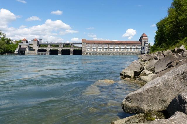 Polizei findet vermissten 39-Jährigen lebend am Rhein-Kraftwerk bei Laufenburg