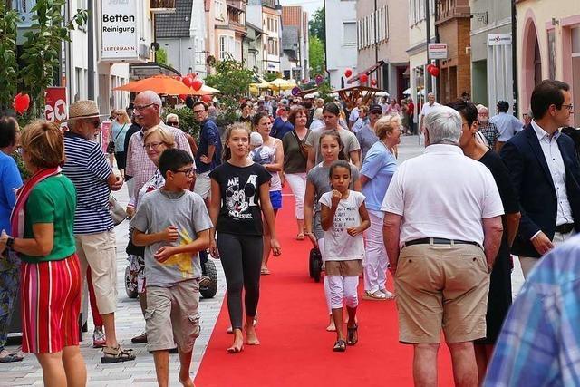 Offenburg feiert seine neugestaltete Flaniermeile