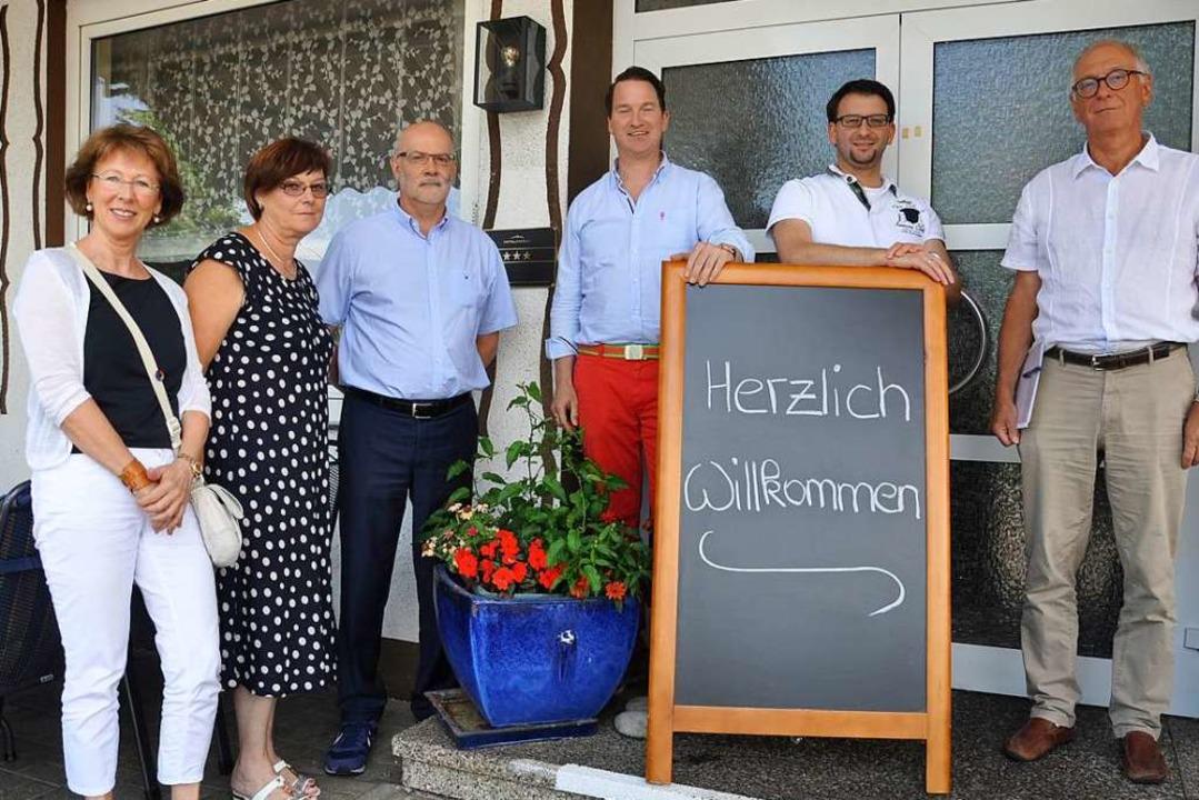 Gastronomen und Hoteliers aus Bad Bell...lexander und Peter Fräulin (Schwanen).  | Foto: Jutta Schütz