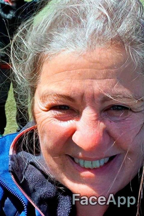 BZ-Redakteurin Theresa Steudel mit grauen Haaren und Falten.  | Foto: bz