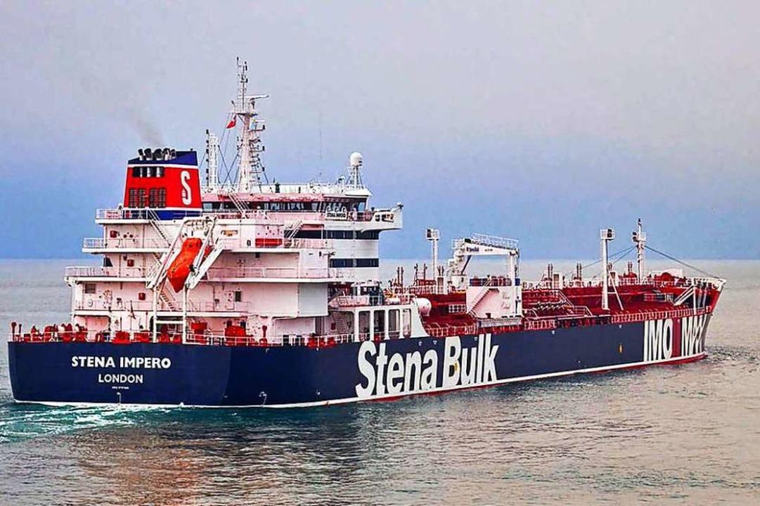 Das von der Reederei zu Verfügung gest...te Foto zeigt den britischen Öltanker.  | Foto: Stena Bulk (dpa)
