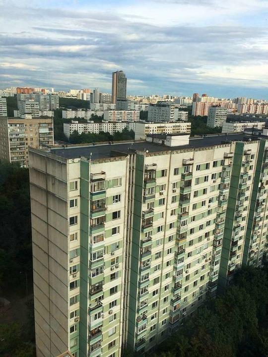 Plattenbauten in den Außenbezirken  | Foto: Scholl